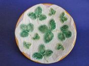 George Jones 'Strawberry Leaves on White Napkin' Majolica Plate c1870
